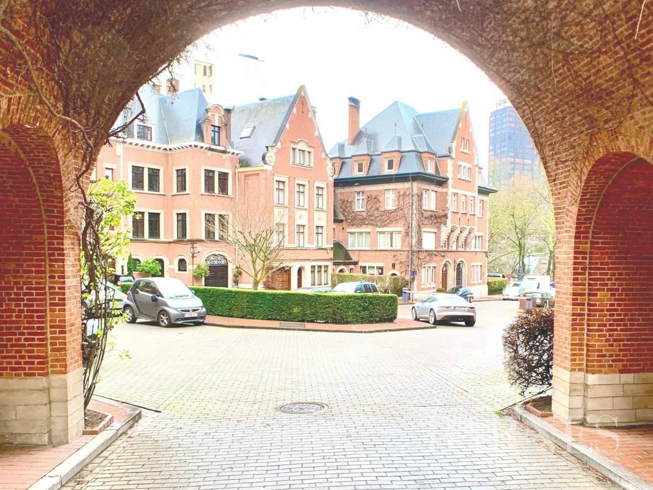 Ixelles  - Maison 20 Pièces - picture 4