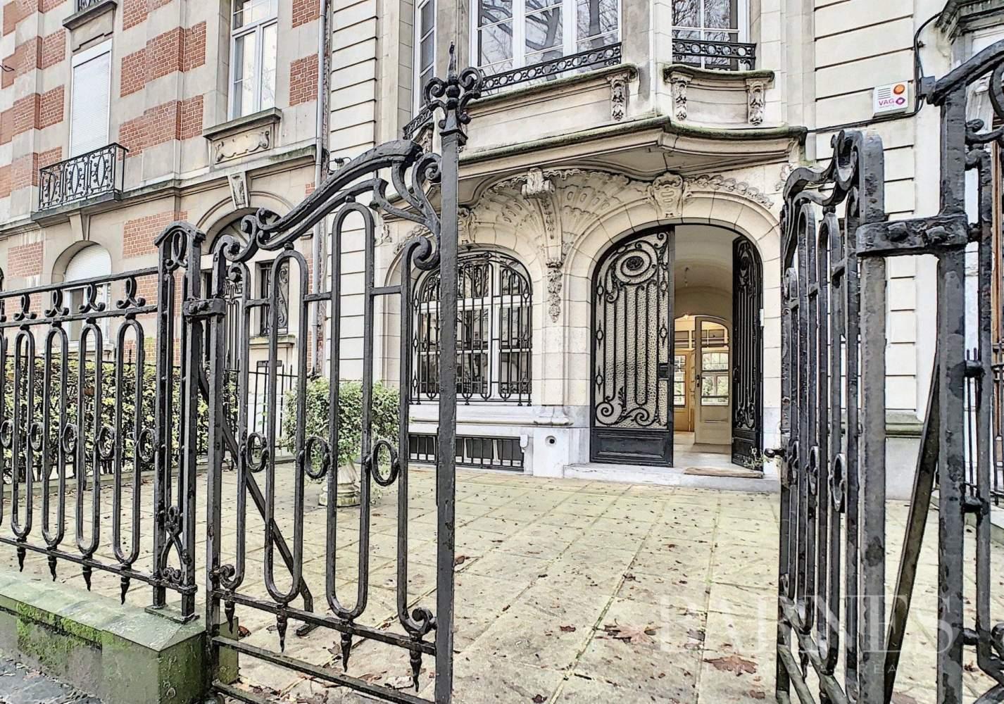 Uccle  - Hôtel particulier 20 Pièces 7 Chambres - picture 1