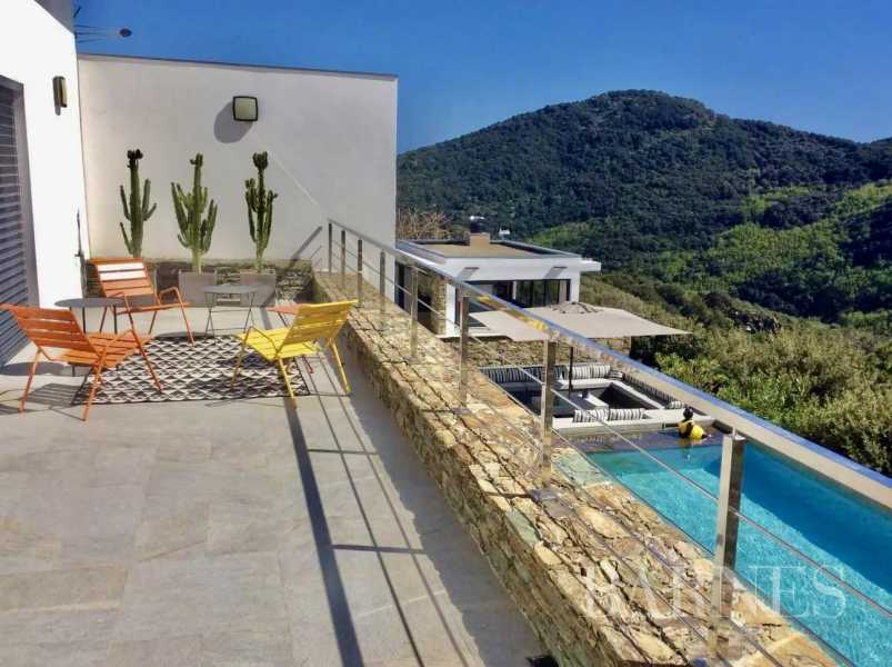 Bastia  - Villa 10 Pièces 6 Chambres