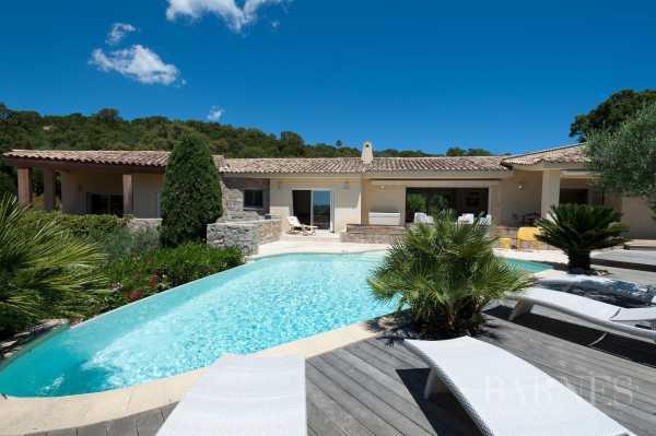 Villa Sainte-Lucie-de-Porto-Vecchio  -  ref 2707143 (picture 2)