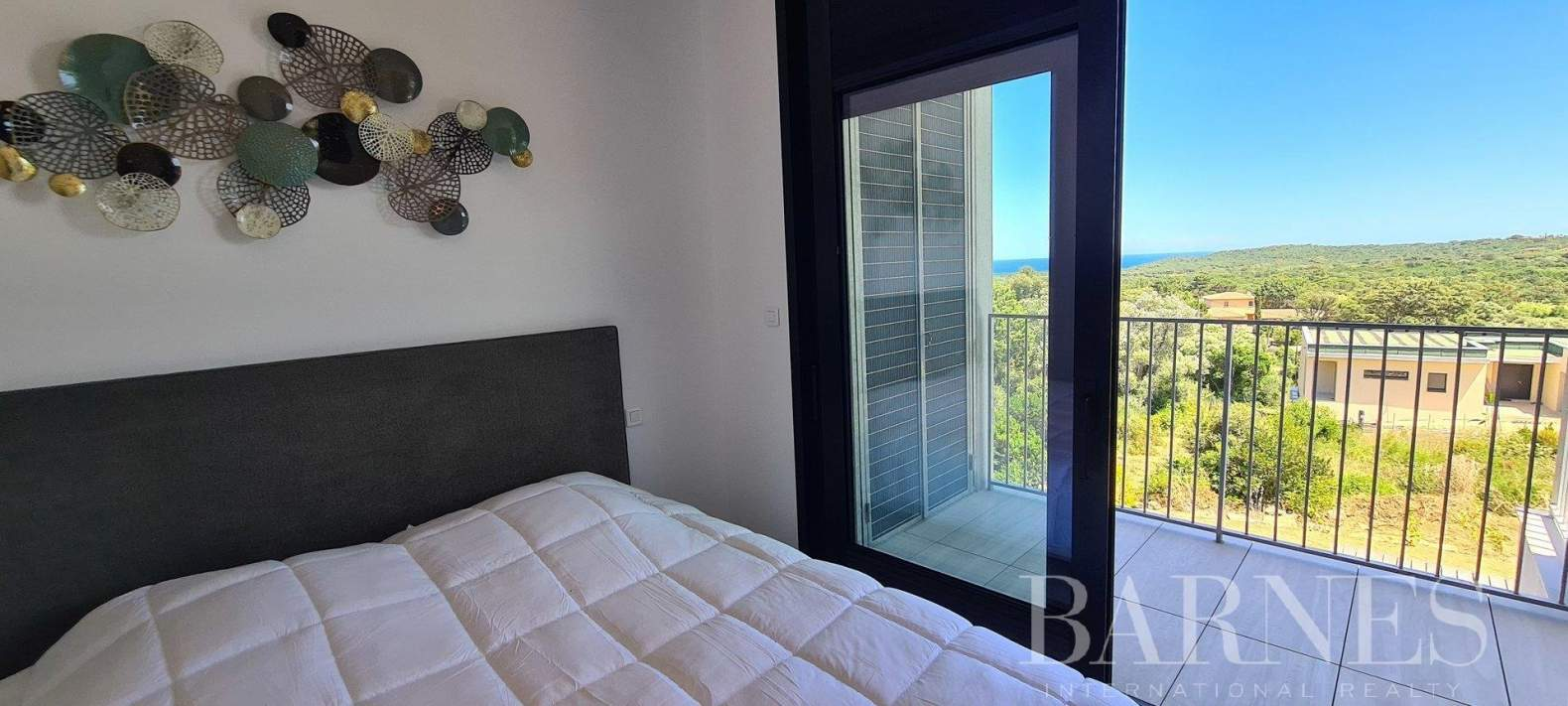Sainte-Lucie-de-Porto-Vecchio  - Villa 7 Pièces 6 Chambres - picture 4
