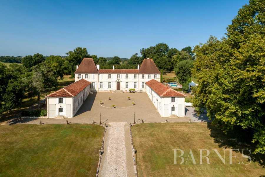 Dax  - Château 22 Pièces 7 Chambres