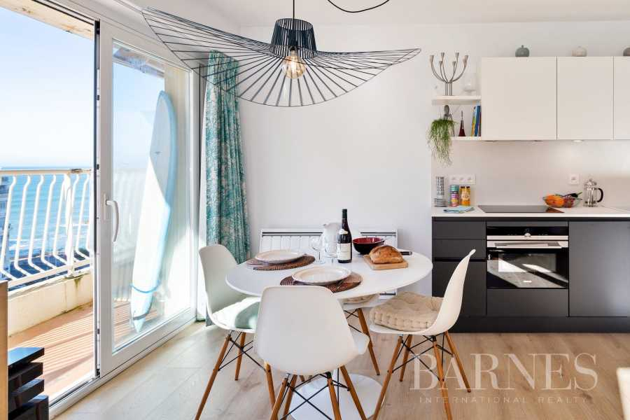 BELLEVUE - BIARRITZ, APARTMENT WITH SEA VIEW & BALCONY picture 10