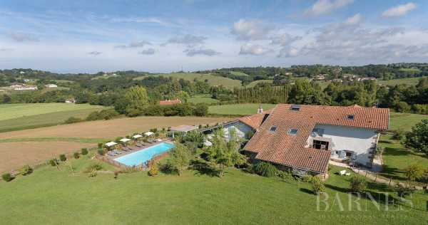 Casa Saint-Pée-sur-Nivelle  -  ref 2704062 (picture 2)
