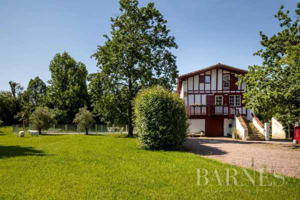 Maison Saint-Pée-sur-Nivelle  -  ref 3718894 (picture 3)