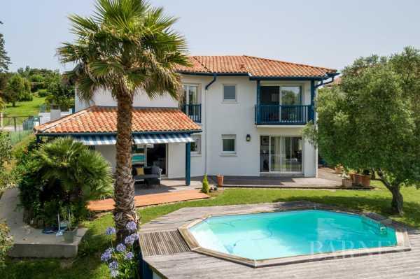 Casa, Saint-Jean-de-Luz - Ref 2680815