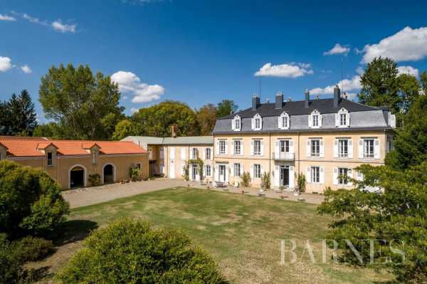 Château Tarbes  -  ref 4288675 (picture 1)
