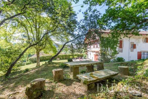 Maison Saint-Pée-sur-Nivelle  -  ref 2704952 (picture 1)