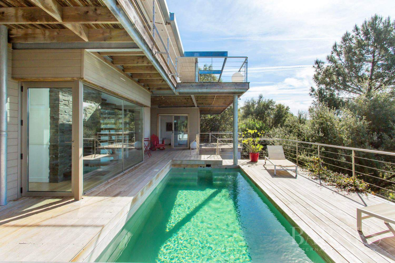 SEIGNOSSE, CONTEMPORARY HOUSE OPENING ONTO THE FOREST WITH SEA VIEW picture 16