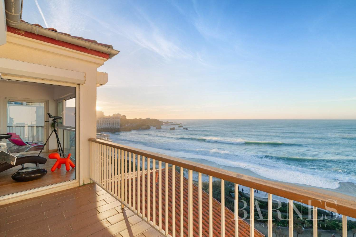 PANORAMA - IN THE HEART OF BIARRITZ RENOVATED APARTMENT WITH SEAVIEW FOR 4 PEOPLE picture 14