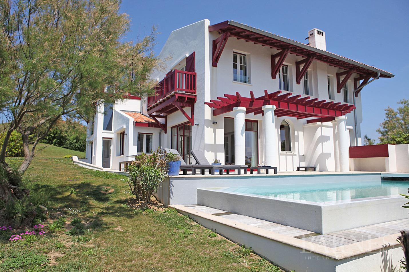 VILLA IDUZKIA - EXCEPTIONAL LOCATION - 12 PERSONS picture 1