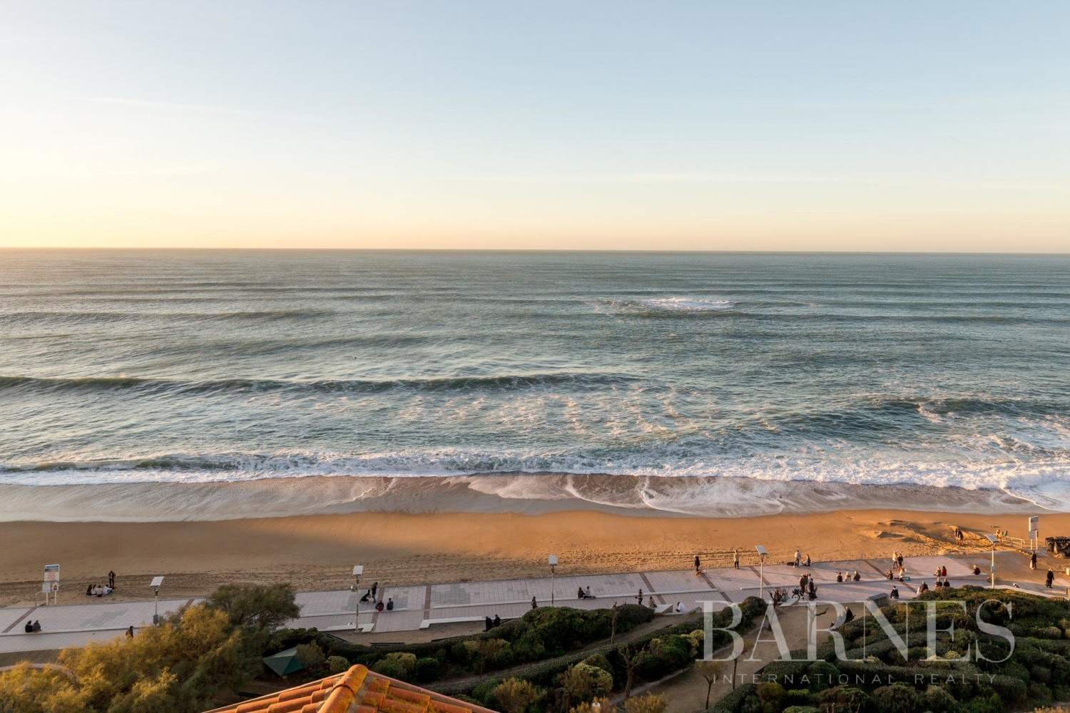 PANORAMA - IN THE HEART OF BIARRITZ RENOVATED APARTMENT WITH SEAVIEW FOR 4 PEOPLE picture 17