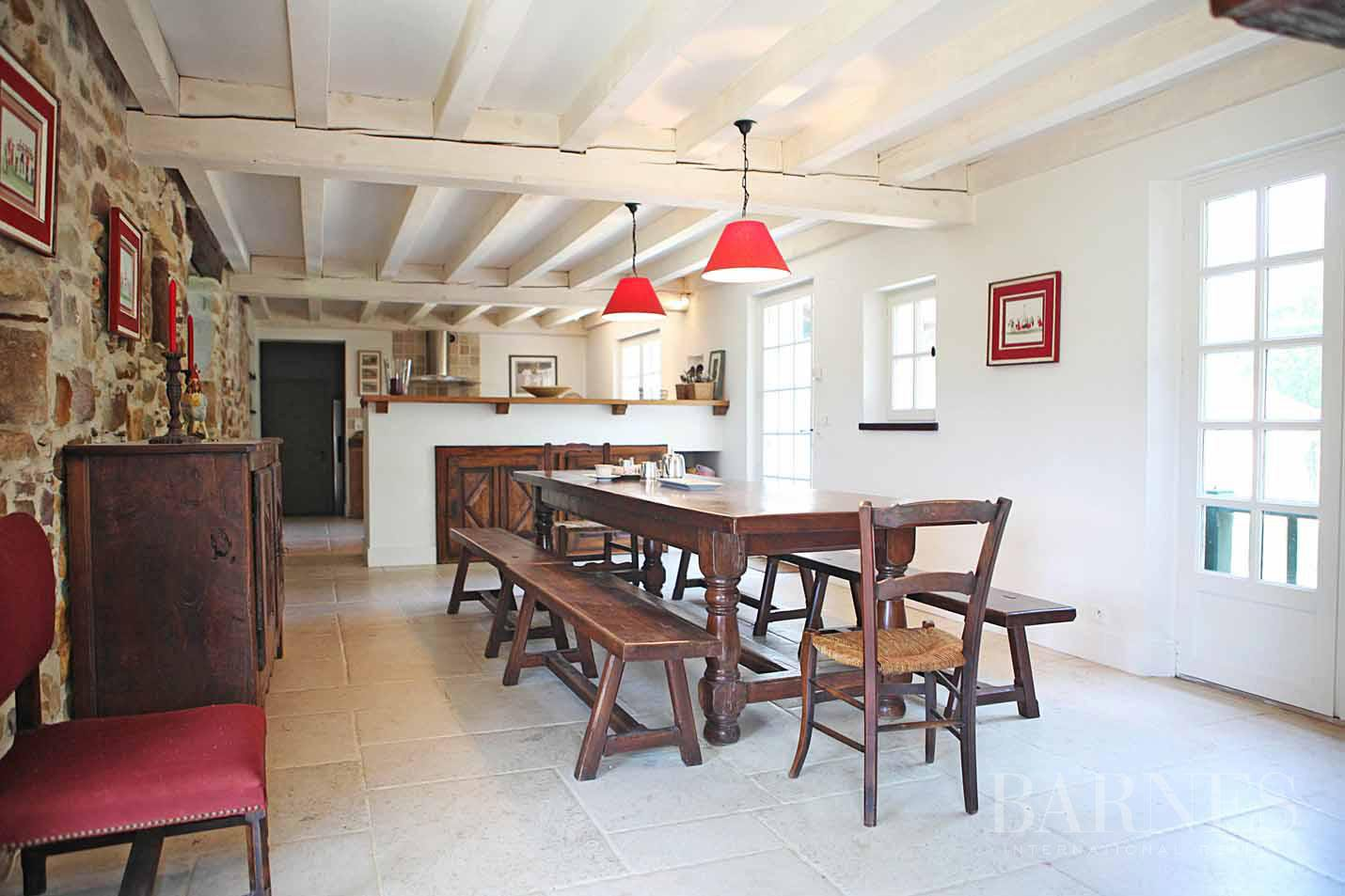 SARE, 20 MINUTES FROM SAINT JEAN DE LUZ, BASQUE STYLE FARMHOUSE WITH HEATED POOL, PANORAMIC MOUNTAIN VIEW picture 12