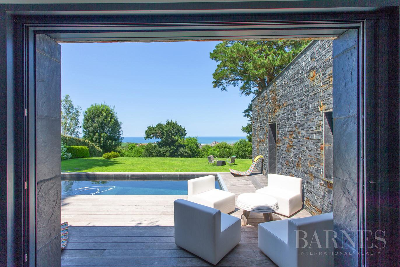 CIBOURE, BORDAGAIN, BEAUTIFUL CONTEMPORARY HOUSE WITH SEA VIEW, 4 BEDROOMS, QUIET picture 5