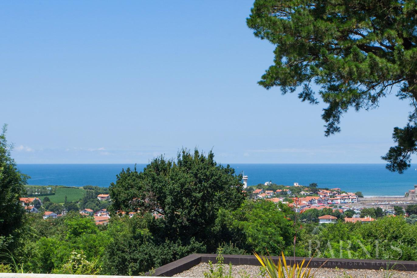 CIBOURE, BORDAGAIN, BEAUTIFUL CONTEMPORARY HOUSE WITH SEA VIEW, 4 BEDROOMS, QUIET picture 1