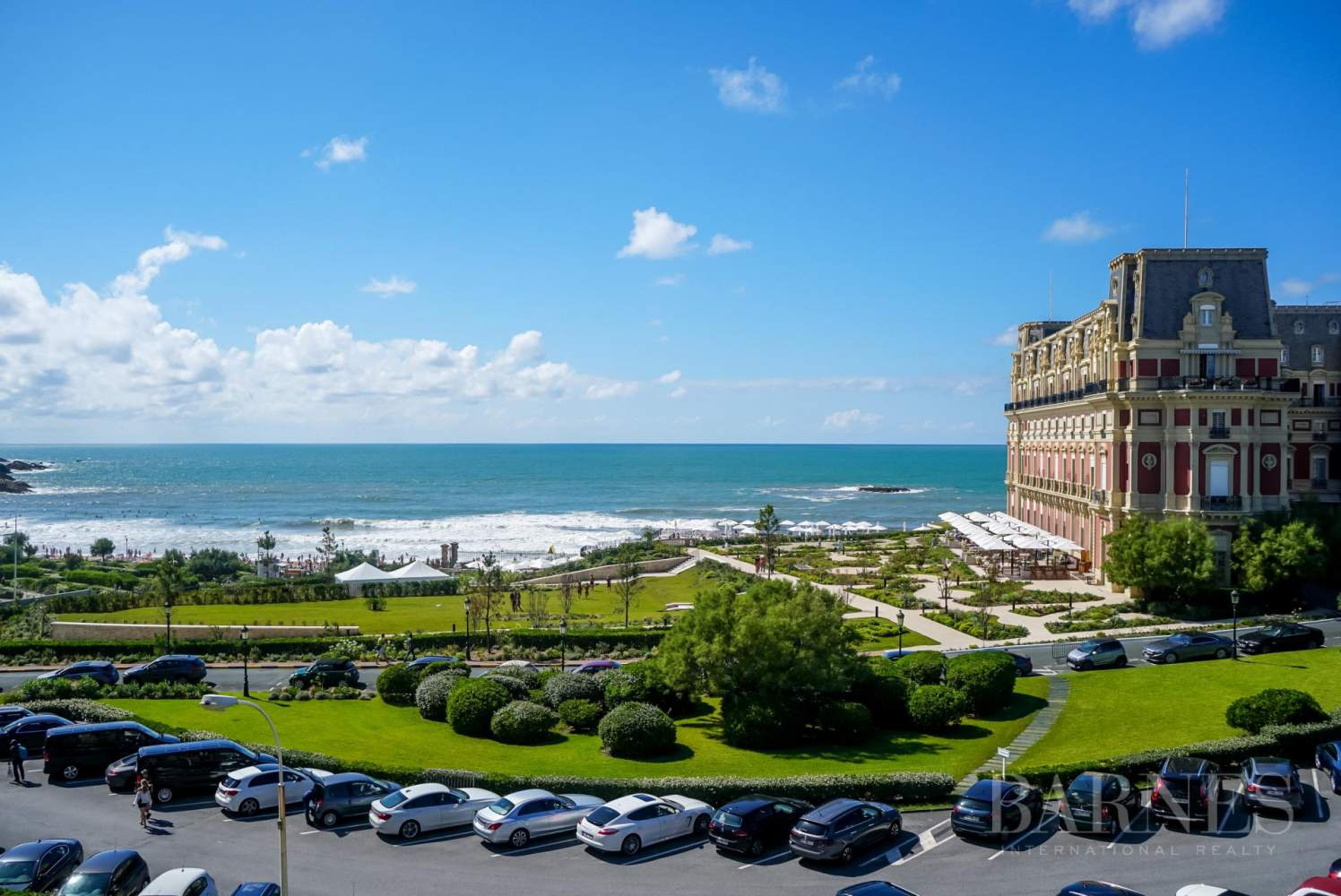 BIARRITZ, APARTMENT OVERLOOKING LA GRANDE PLAGE AND HOTEL DU PALAIS, 1 BEDROOM, 2 PEOPLE picture 9