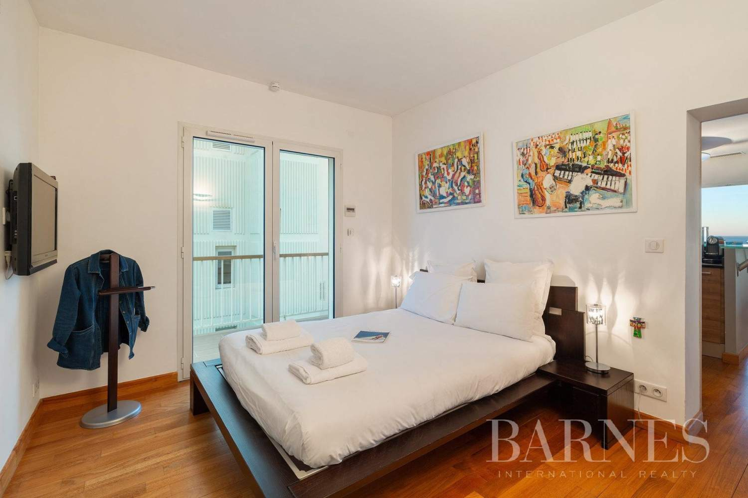 PANORAMA - IN THE HEART OF BIARRITZ RENOVATED APARTMENT WITH SEAVIEW FOR 4 PEOPLE picture 15