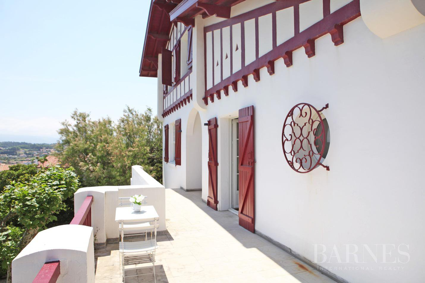 VILLA IDUZKIA - EXCEPTIONAL LOCATION - 12 PERSONS picture 3