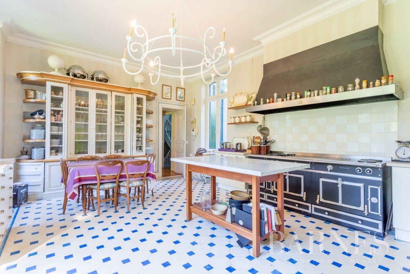 Biarritz  - Maison 13 Pièces 9 Chambres - picture 11