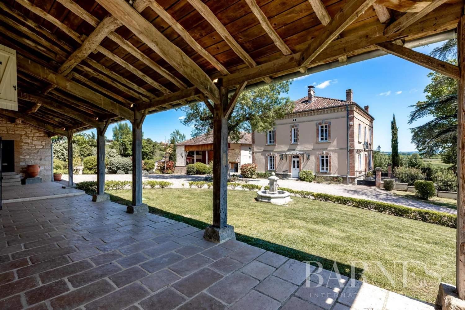 Caussade  - Propriété 10 Pièces 8 Chambres - picture 10