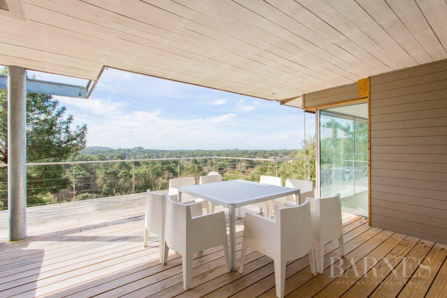 SEIGNOSSE, CONTEMPORARY HOUSE OPENING ONTO THE FOREST WITH SEA VIEW picture 18