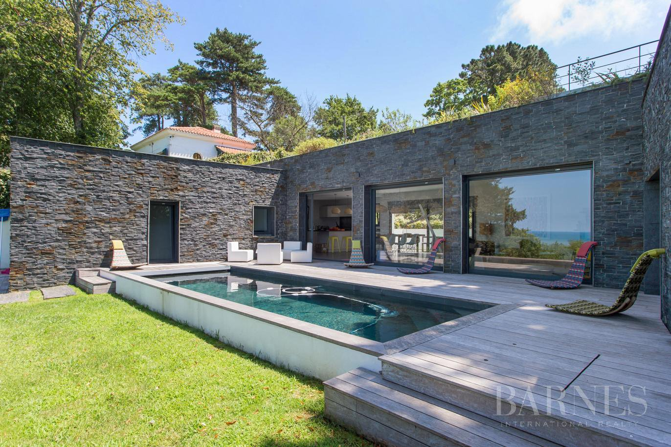 CIBOURE, BORDAGAIN, BEAUTIFUL CONTEMPORARY HOUSE WITH SEA VIEW, 4 BEDROOMS, QUIET picture 3