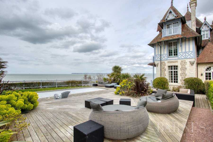 Deauville  - Property 7 Bedrooms