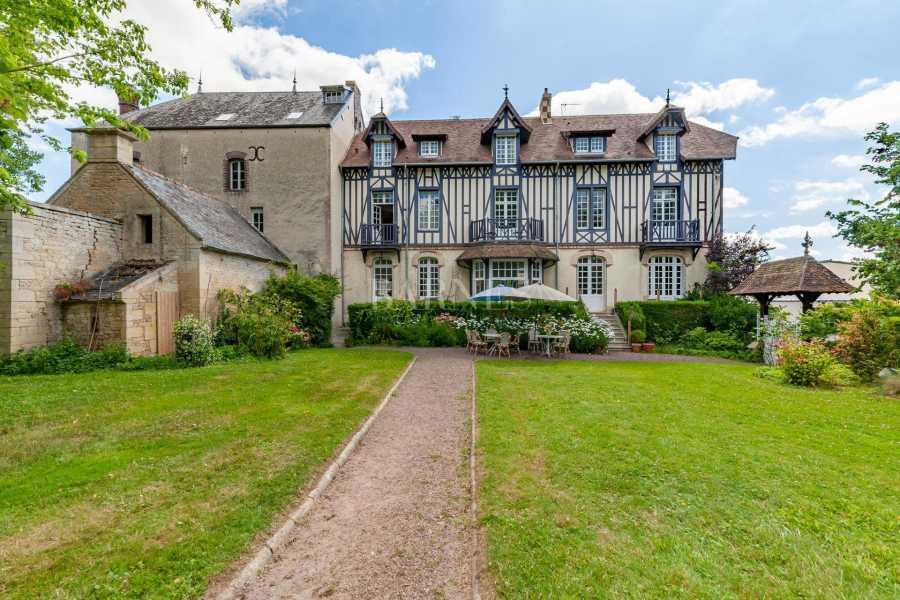 Bayeux  - Maison 8 Pièces 6 Chambres