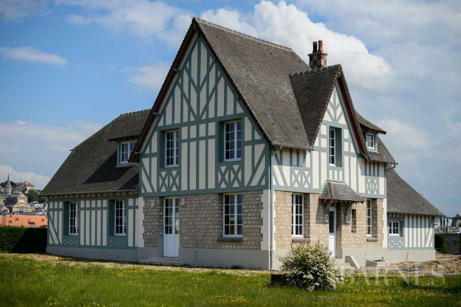 DEAUVILLE - VILLA WITH CHARACTER - 5 BEDROOMS picture 10