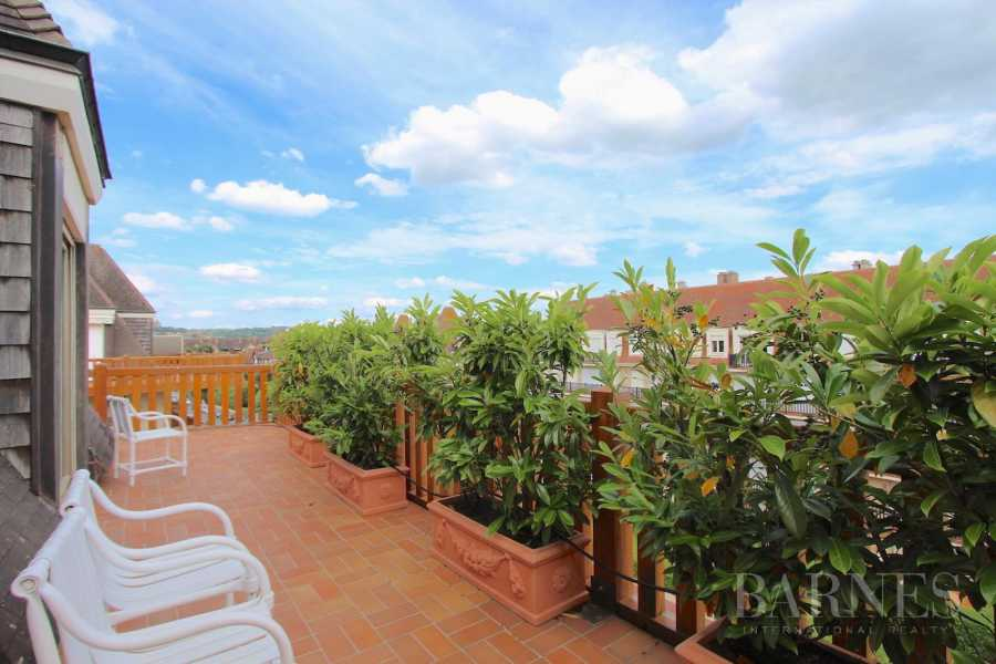 Deauville, sumptuous penthouse apartment with large terrace in a luxury residence picture 15