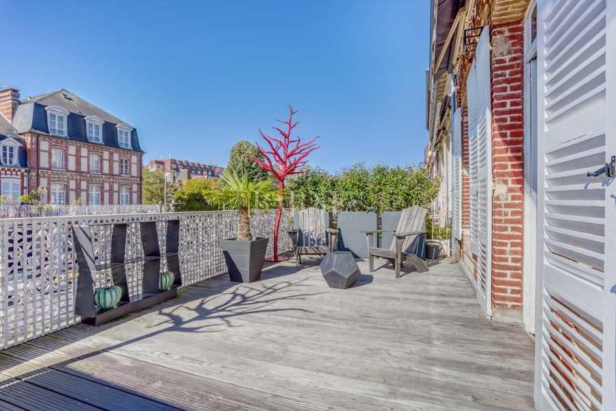Deauville  - Hôtel particulier 10 Pièces 6 Chambres