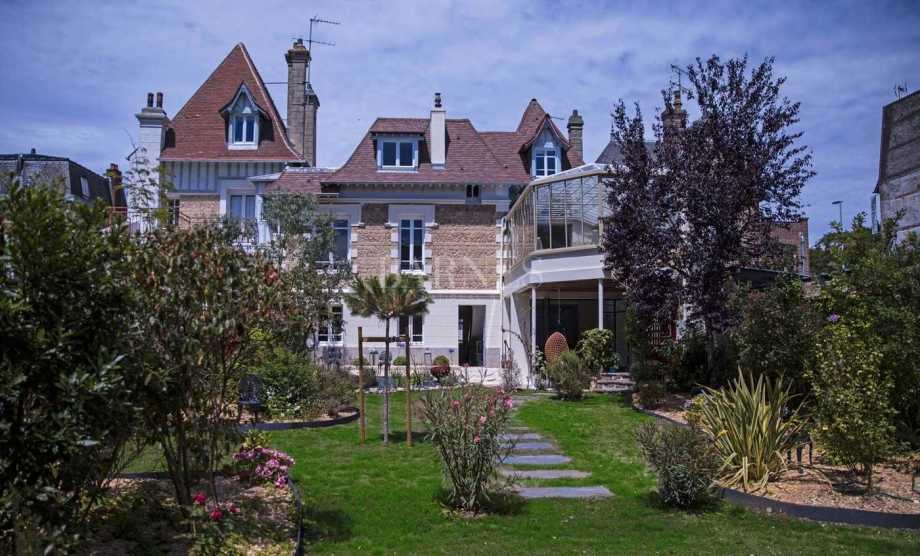 Deauville  - Villa 5 Bedrooms