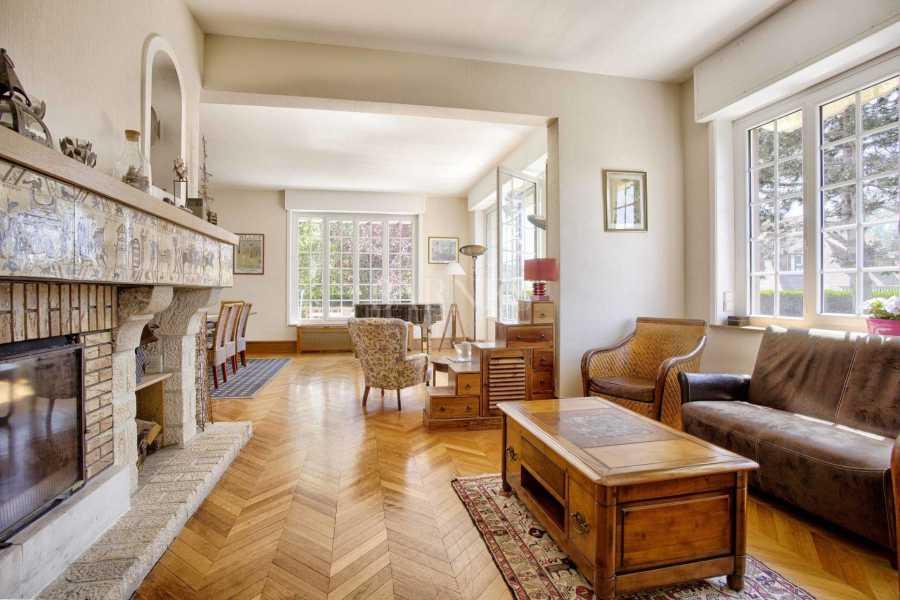 Deauville  - Maison 10 Pièces 7 Chambres