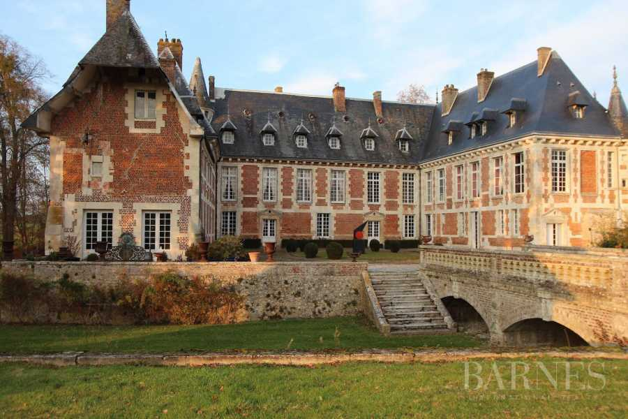 Cormeilles  - Château 18 Pièces 12 Chambres