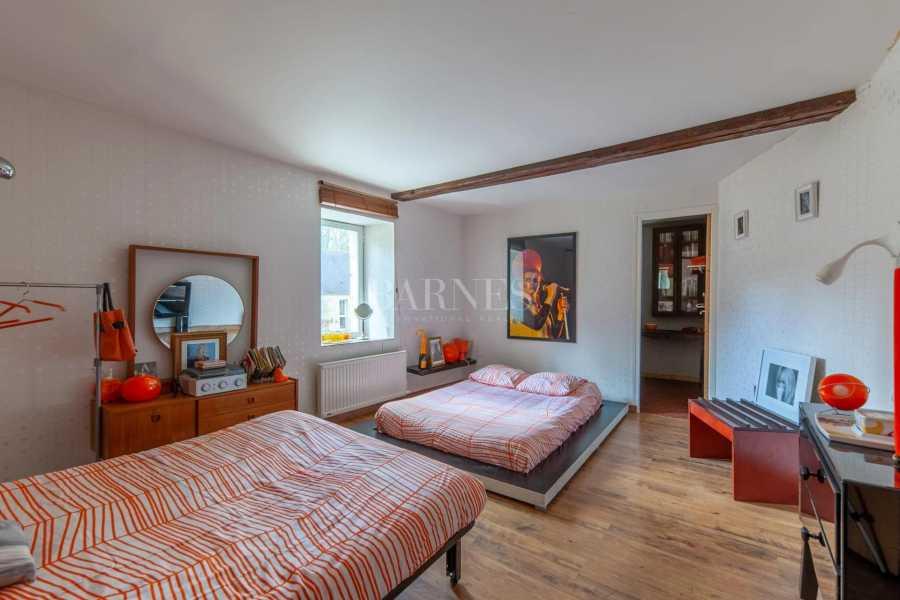 Caen  - House 10 Bedrooms