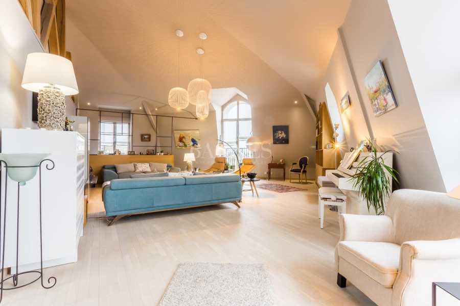 Deauville  - Piso 5 Cuartos 3 Habitaciones