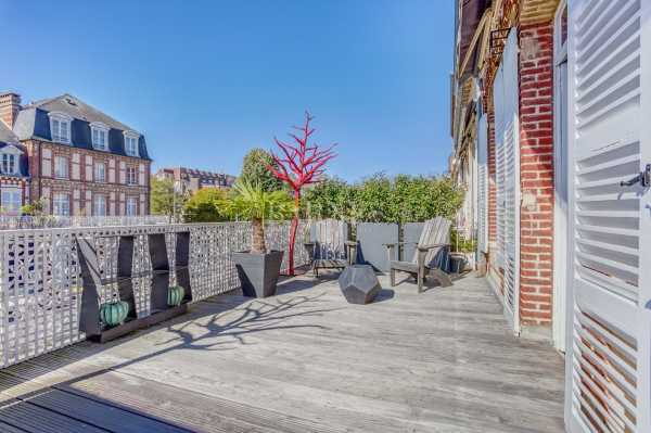 Mansion Deauville  -  ref 4343038 (picture 2)