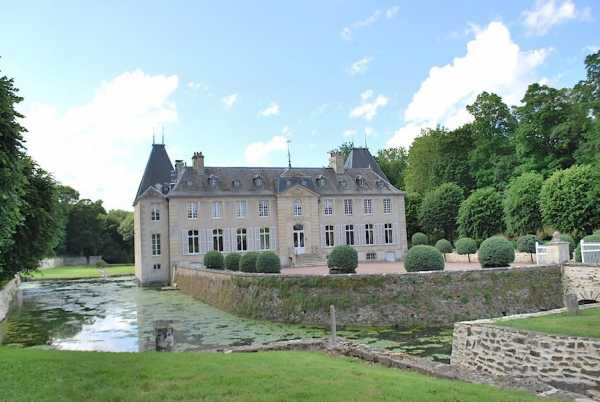 Castle Bougy  -  ref 2598230 (picture 2)