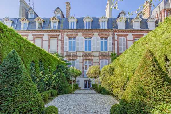 Hôtel particulier Deauville  -  ref 4247094 (picture 1)