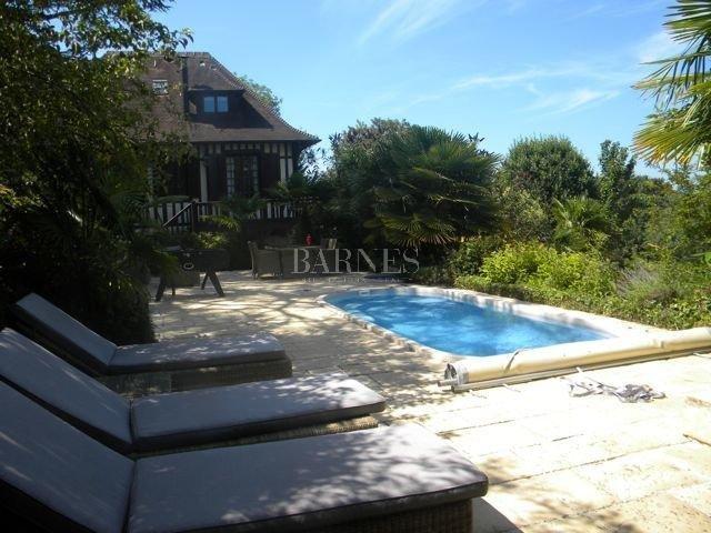 Deauville  - Property 8 Bedrooms - picture 18