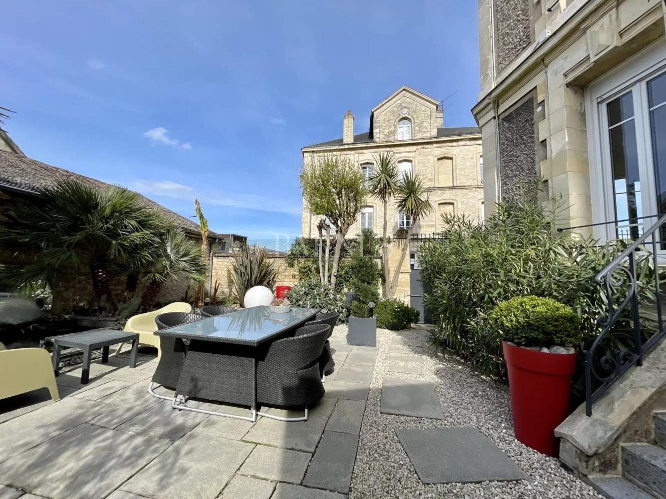 Caen  - Townhouse 4 Bedrooms - picture 2