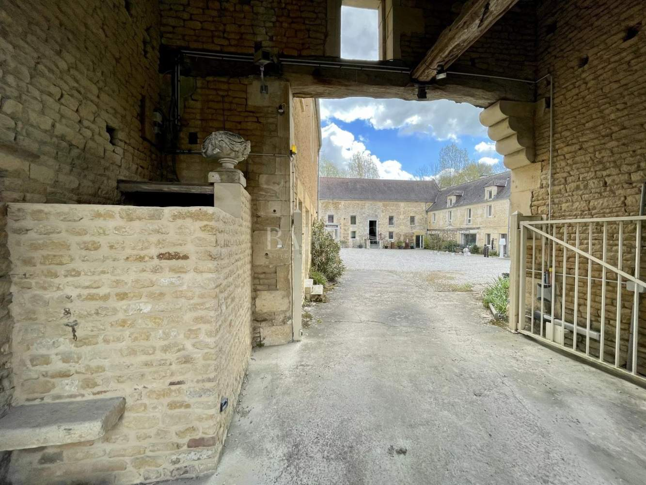 Caen  - House 10 Bedrooms - picture 15