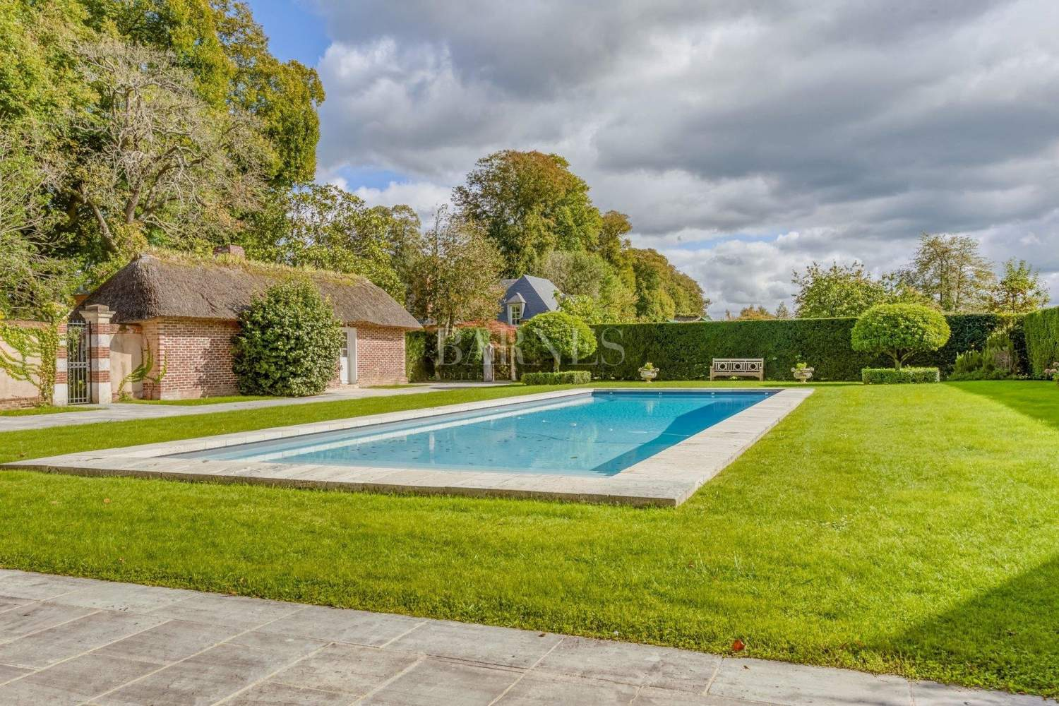 Deauville  - Property 8 Bedrooms - picture 3