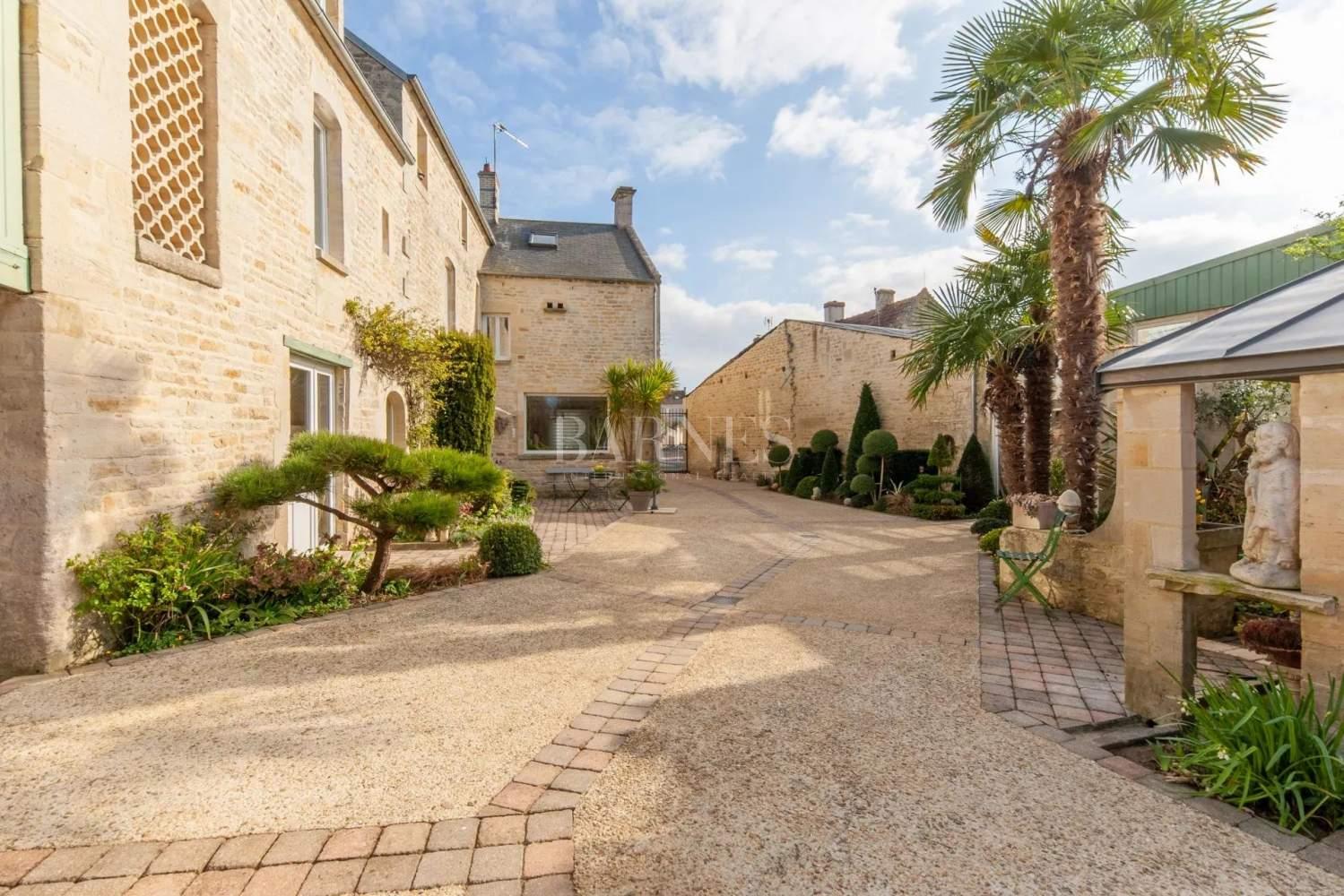Courseulles-sur-Mer  - Maison 12 Pièces 6 Chambres - picture 17