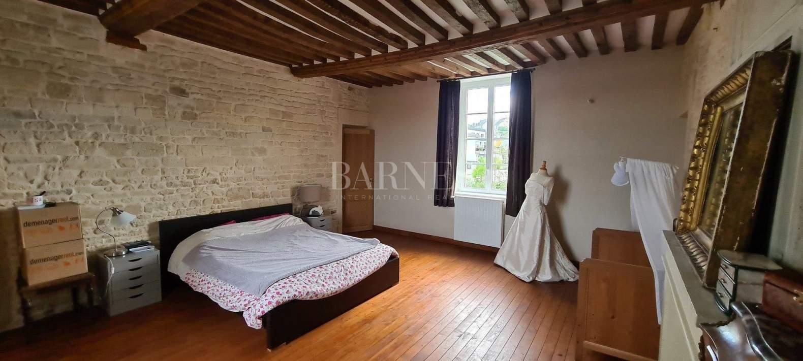Caen  - Maison 8 Pièces 4 Chambres - picture 5