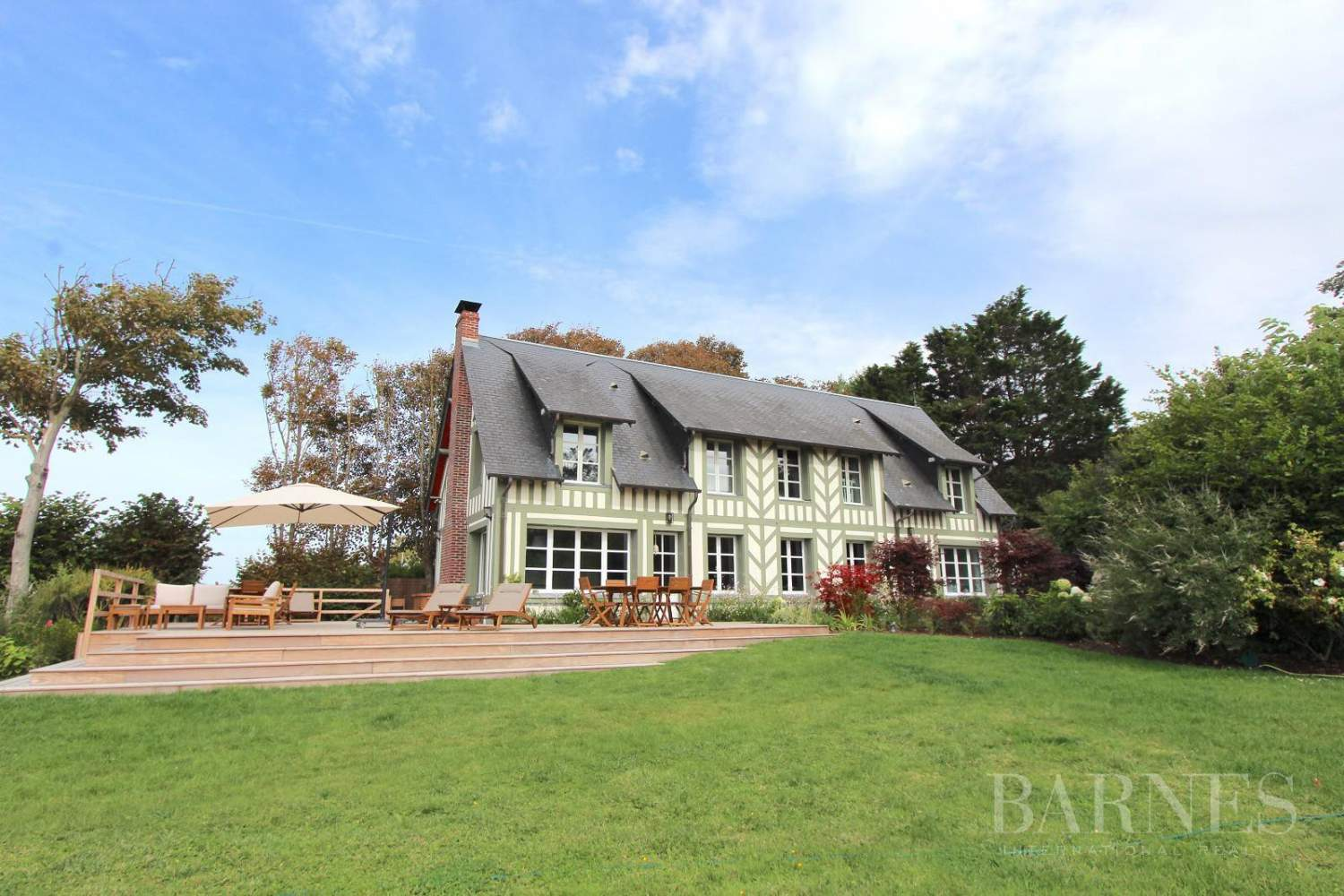Deauville  - Property 4 Bedrooms - picture 1