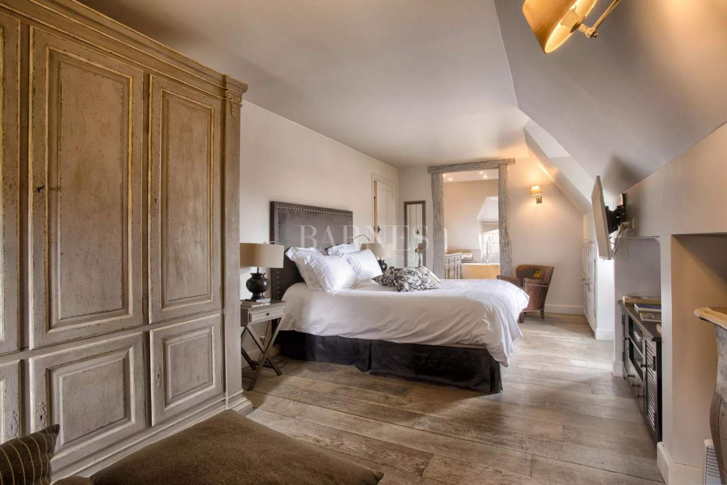 Deauville  - Property 8 Bedrooms - picture 12