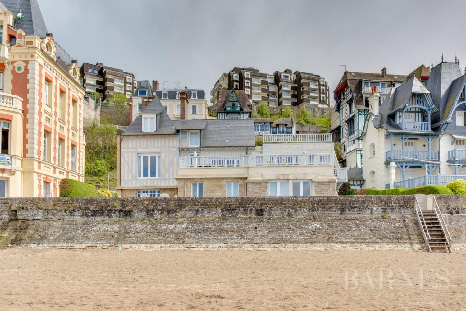 TROUVILLE SUR MER - ACCES DIRECT PLAGE picture 1