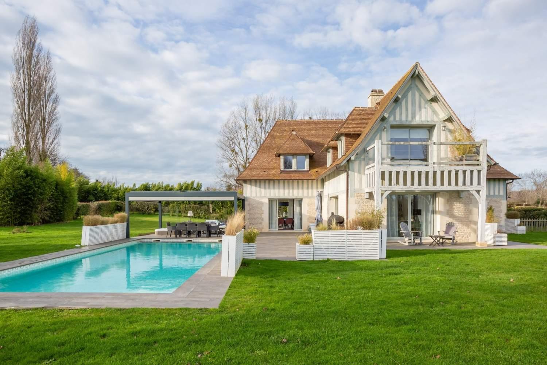 Deauville  - Maison 8 Pièces 5 Chambres - picture 1