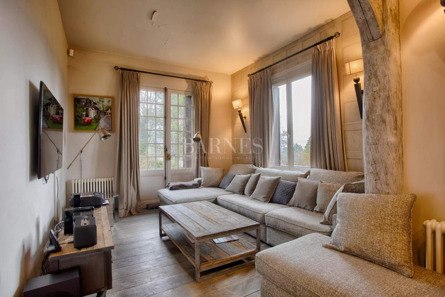 Deauville  - Property 8 Bedrooms - picture 6
